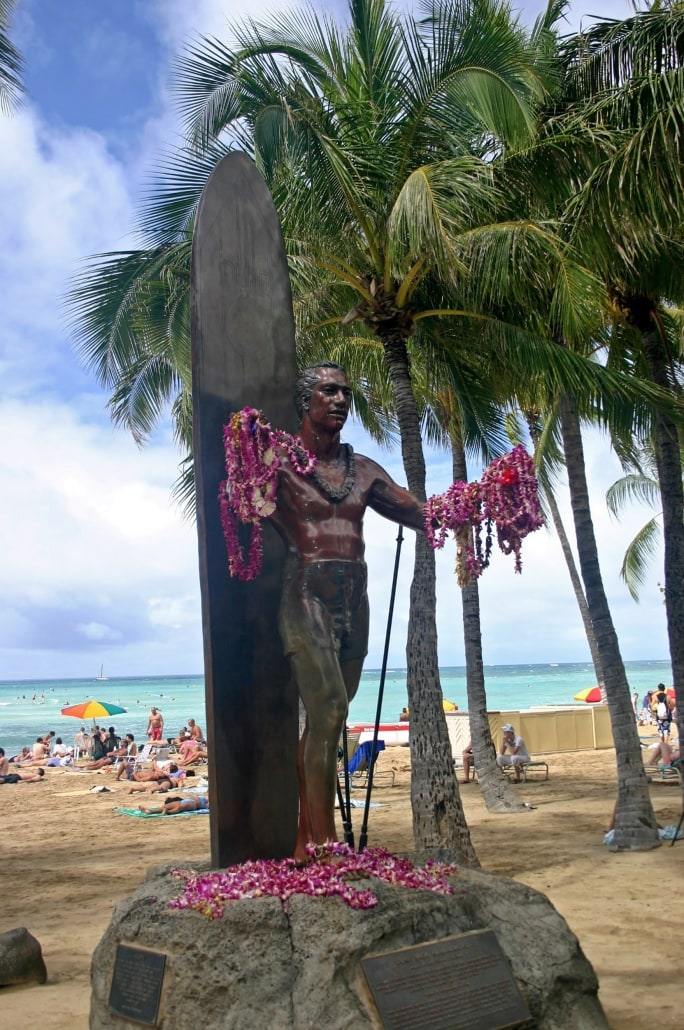 Statue of Surfer Duke Kahanamoku