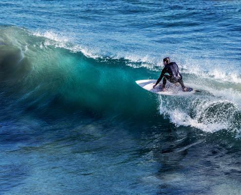 Beginner and Intermediate Surf Spots in Ecuador